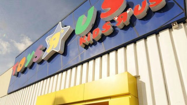 Toys R Us Cancels Bankruptcy Auction Plans Comeback For Brand