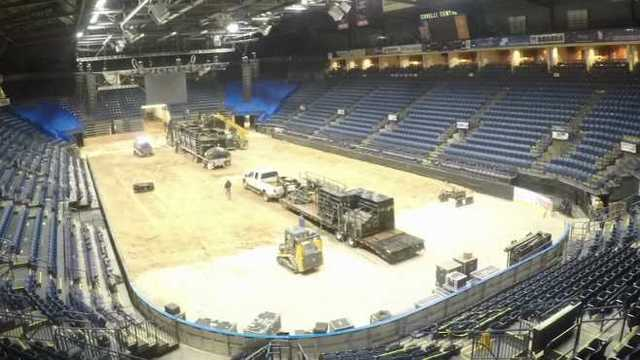 video time lapse transformation of covelli centre from rodeo to rink rh wkbn com