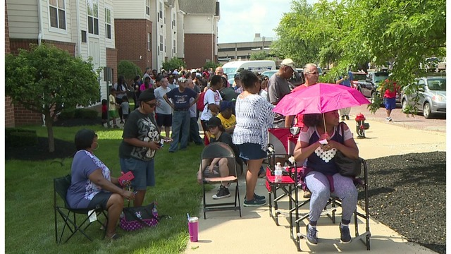 Hundreds line up to buy appliances at Youngstown State University