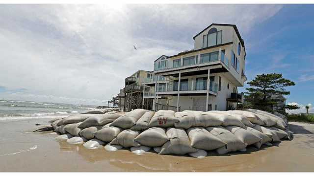 Hurricane Florence house with sand bags