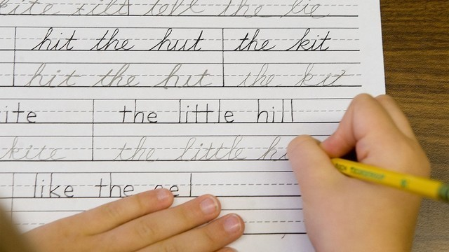 Ohio House passes bill requiring students to learn cursive by end of 5th grade