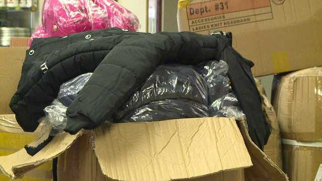 Warren Family Mission passing out winter coats, food before weekend