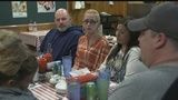 CBS News shares meal with GM Lordstown workers to hear their stories