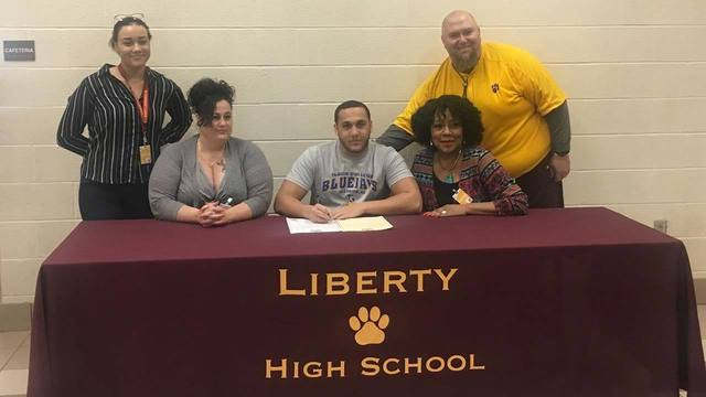 Liberty's Kylan Wilson commits to Tabor College